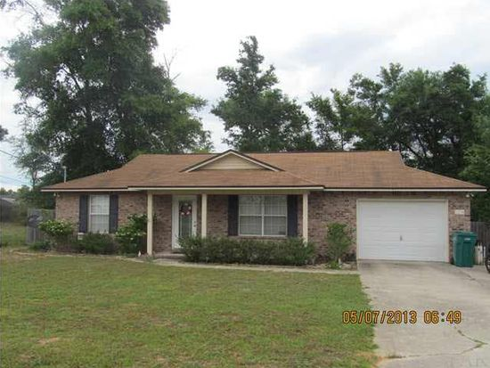 5238 Richardson St, Milton, FL 32570