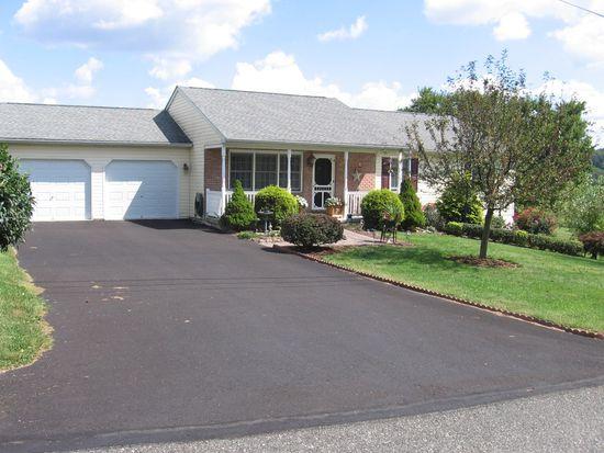 83 Wilcox Rd, Boyertown, PA 19512