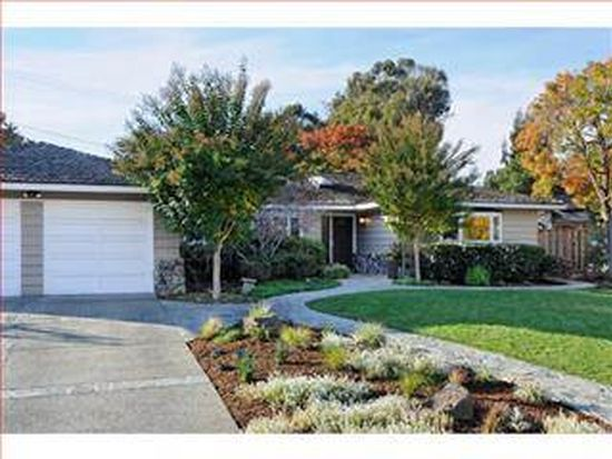 664 Meadow Ln, Los Altos, CA 94022
