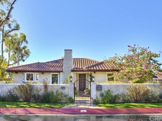 2 N Stonington Rd, Laguna Beach, CA 92651