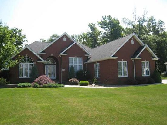 43 Forest Creek Ct, Grand Island, NY 14072