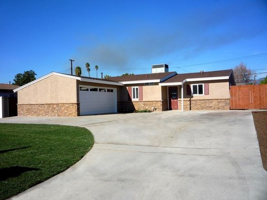 17055 E Bellbrook St, Covina, CA 91722