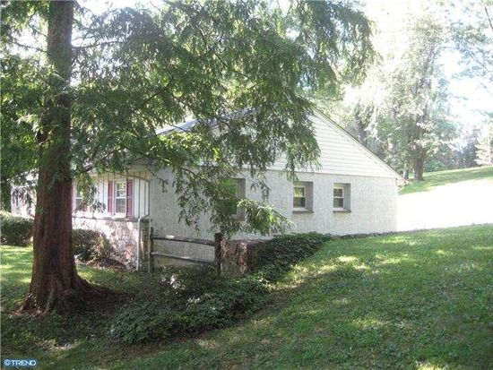 71 Smith Rd, Collegeville, PA 19426