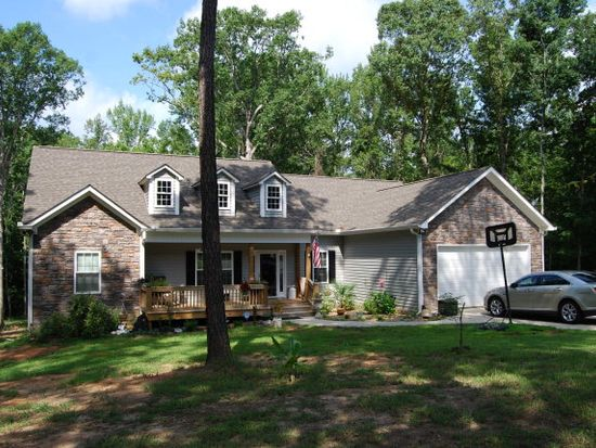 136 Possum Point Dr, Eatonton, GA 31024
