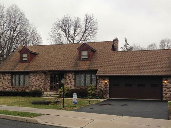2000 Highland St, West Lawn, PA 19609