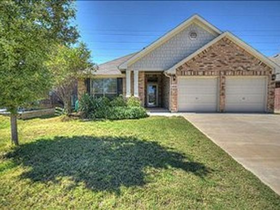 15757 Landing Creek Ln, Roanoke, TX 76262