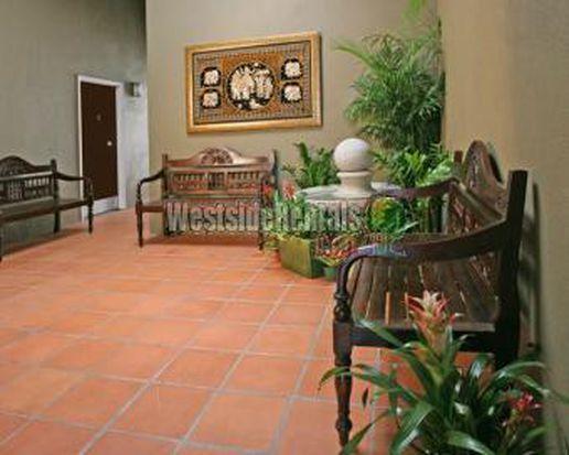 2585 N Beachwood Dr APT B, Los Angeles, CA 90068