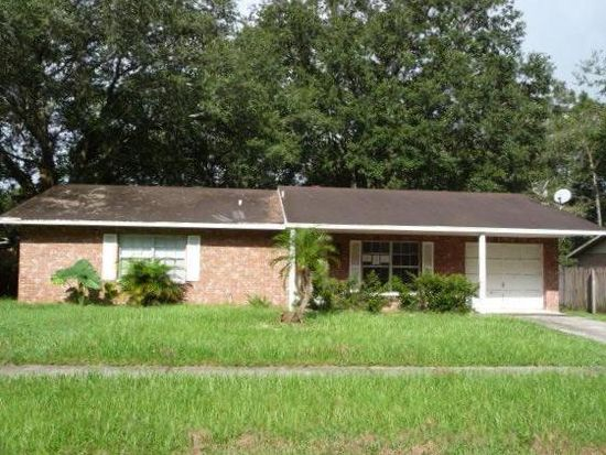 1115 Oakhill St, Seffner, FL 33584