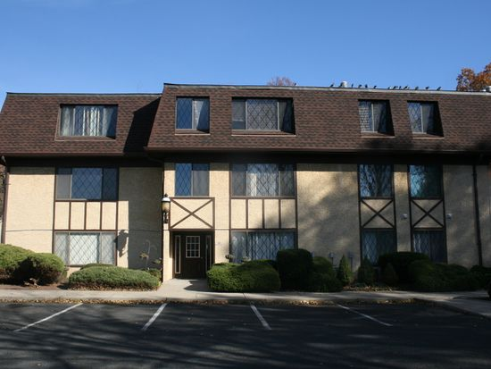 192 Burnett Ave APT 2, Maplewood, NJ 07040