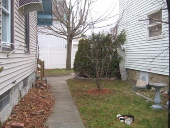 357 Coffin Ave, New Bedford, MA 02746