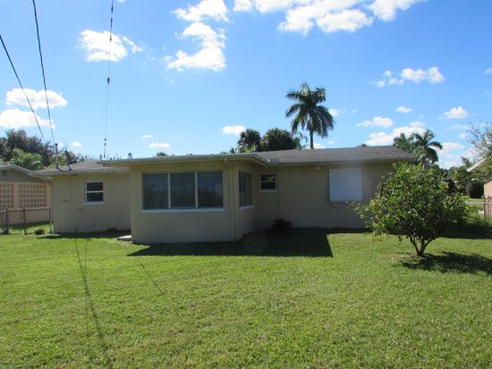 4529 Tennessee Way, Fort Myers, FL 33905