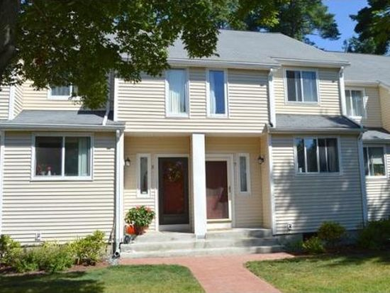 7 Gaslight Ln, North Easton, MA 02356