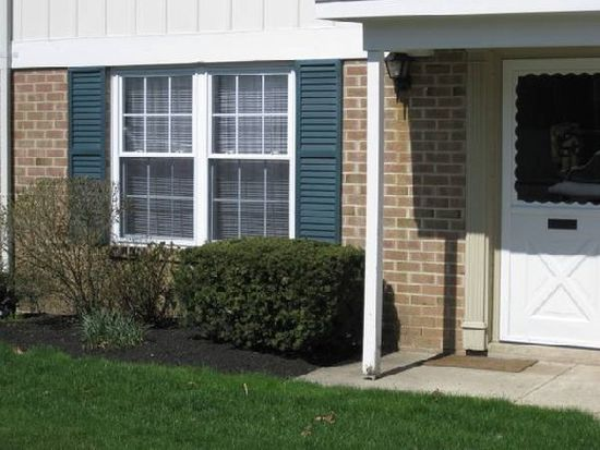 31 Wexford Dr, North Wales, PA 19454