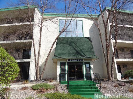 10511 Cedar Lake Rd APT 514, Hopkins, MN 55305