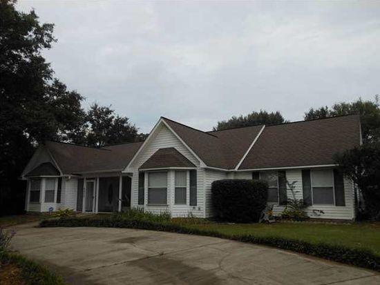 4900 Forest Creek Dr, Pace, FL 32571