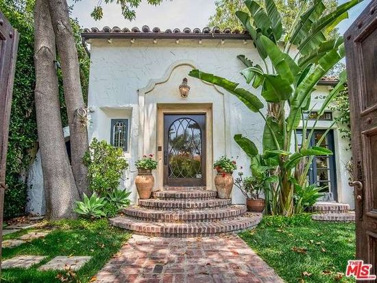 1715 Angelo Dr, Beverly Hills, CA 90210