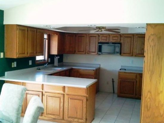7471 Moss Canyon Rd, Cherry Valley, IL 61016