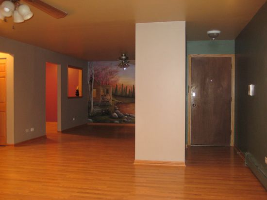 2419 Ogden Ave APT 11, Downers Grove, IL 60515