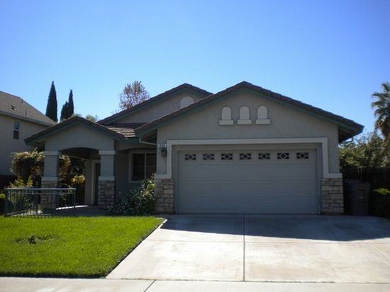 806 Walker St, Woodland, CA 95776