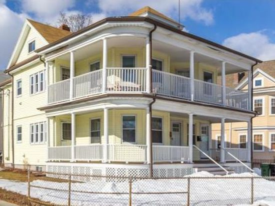 6 Concord Rd UNIT 2, Watertown, MA 02472