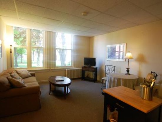 344 North St APT 28, Pittsfield, MA 01201