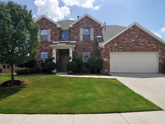 4216 Enchanted Rock Ln, Fort Worth, TX 76244