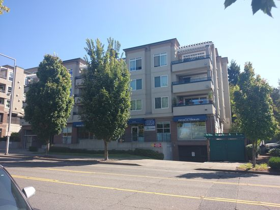 8750 Greenwood Ave N APT S404, Seattle, WA 98103