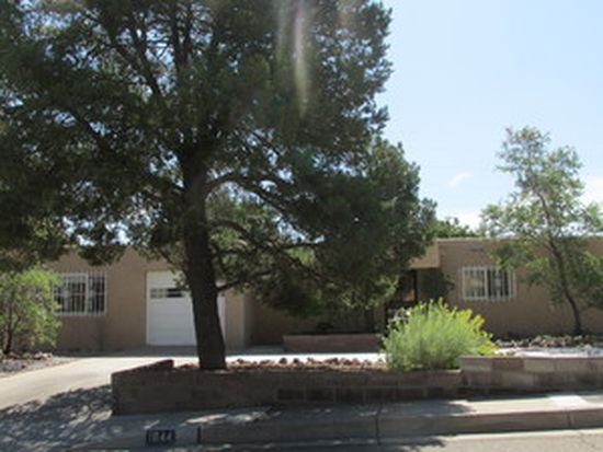 1844 Indiana St NE, Albuquerque, NM 87110