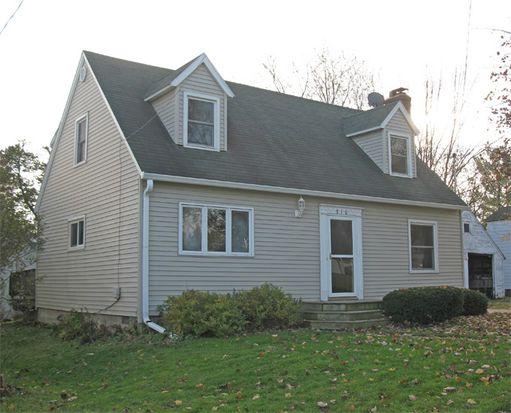 810 Western St, Marshfield, WI 54449