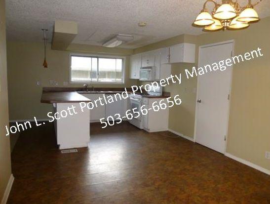 988 Netzel St, Oregon City, OR 97045