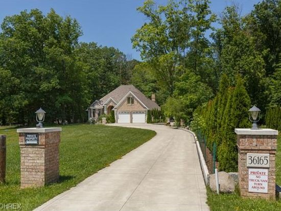 36165 Chardon Rd, Willoughby Hills, OH 44094