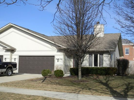 1789 Cumberland Green Dr, St Charles, IL 60174