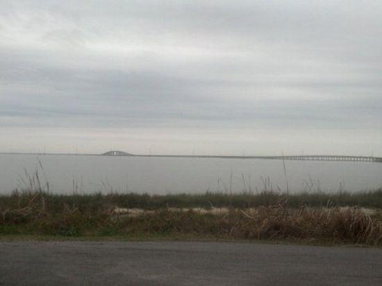 1221 Desoto Ave, Dauphin Island, AL 36528