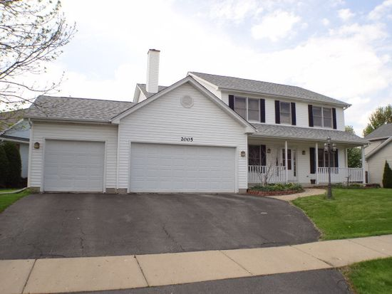 2005 Red Barn Rd, Woodstock, IL 60098