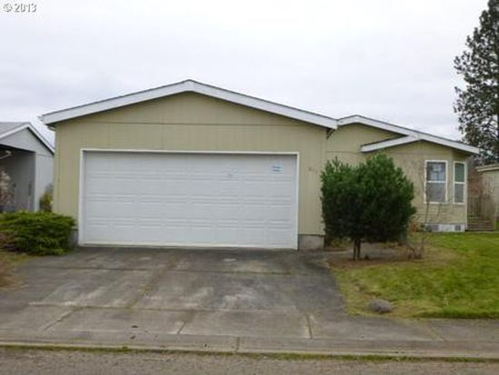 611 Saint James Pl, Molalla, OR 97038