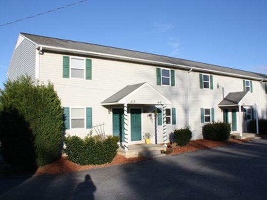 179 Bart Green Dr APT 42, Johnson City, TN 37615