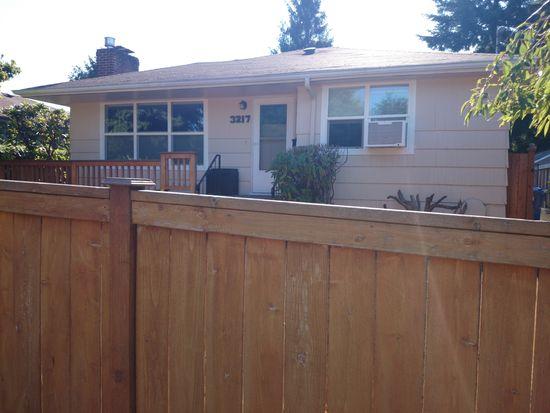 3217 49th Ave SW, Seattle, WA 98116