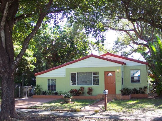 1030 NE 127th St, North Miami, FL 33161