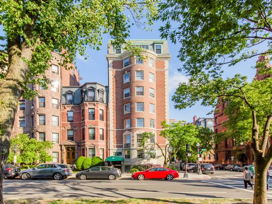 192 Commonwealth Ave APT 3, Boston, MA 02116