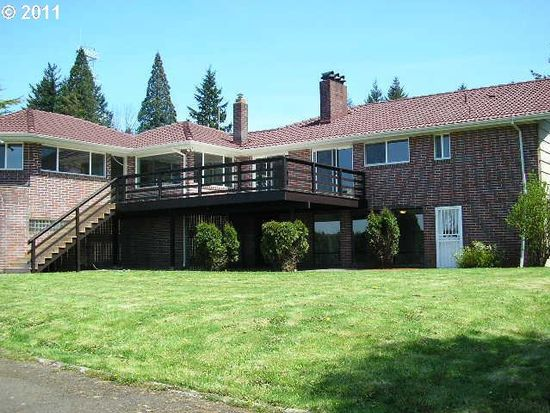 10025 SE Eastview Dr, Happy Valley, OR 97086