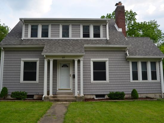 27 E Walnut St, Westerville, OH 43081