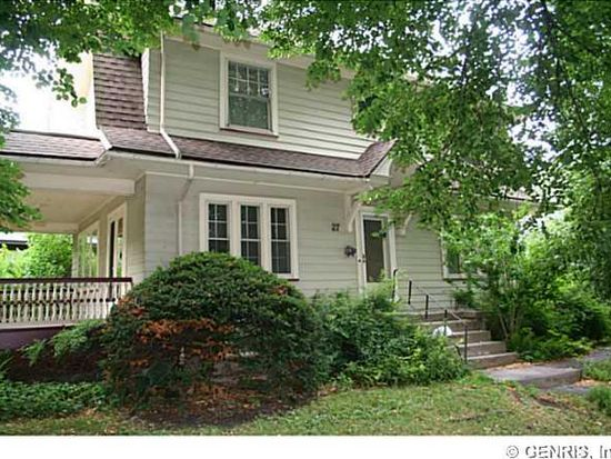 27 Bellevue Dr, Rochester, NY 14620