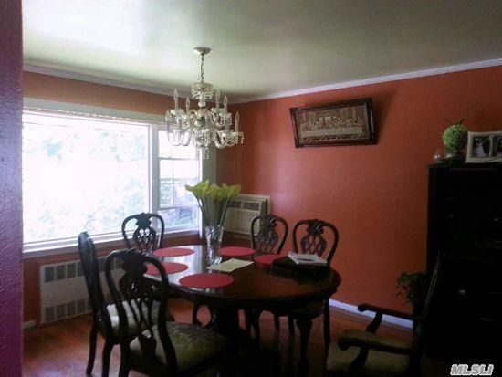 28 Cedar Rd, Westbury, NY 11590