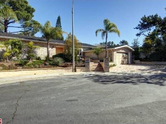 8407 Coreyell Pl, Los Angeles, CA 90046
