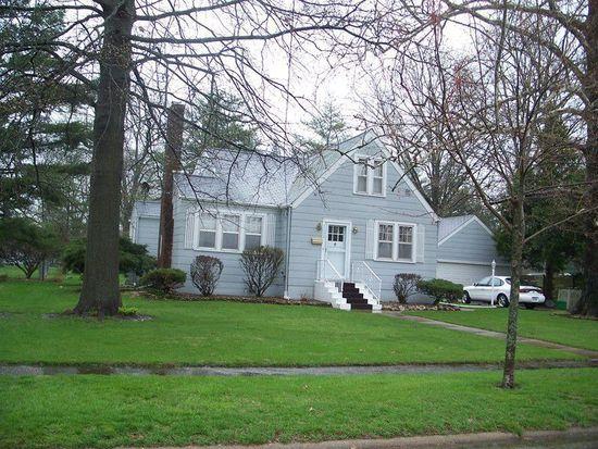 1132 Hagemann Ave, Burlington, IA 52601