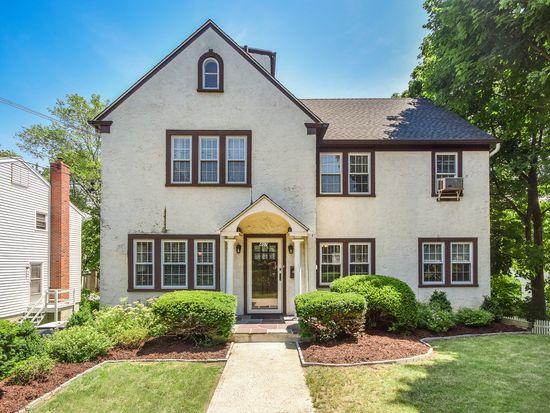 407 Old Mamaroneck Rd, White Plains, NY 10605