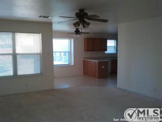 703 Bobcat Crk, San Antonio, TX 78251