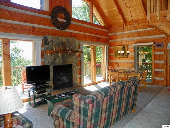 2164 Rising Fawn Way, Sevierville, TN 37876