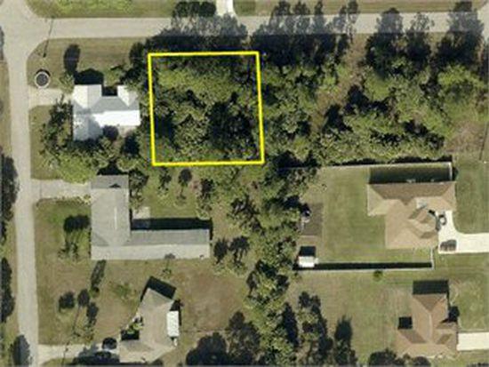 205 W 7TH St, Lehigh Acres, FL 33972