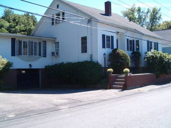 33 Hall Pl, Exeter, NH 03833
